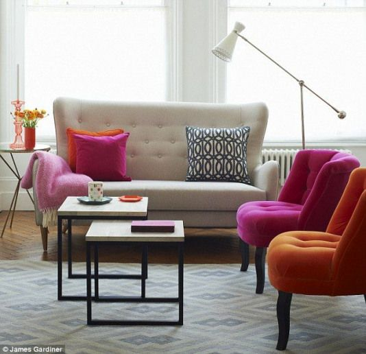Mismatched Pink Chair And Cream Sofa With Pink Fringed Throw Accentchairs Mismatched Accent Chairs Paris Living Rooms Interior Home