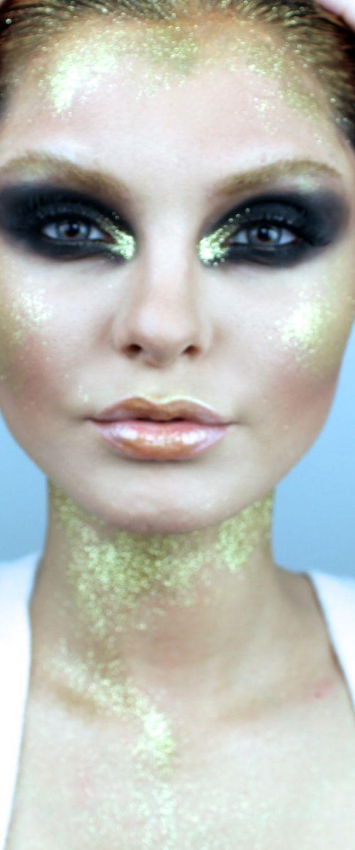 Instagram Makeup Brushes: Dramatic Gold Runway Smokey Eye Makeup! Instagram