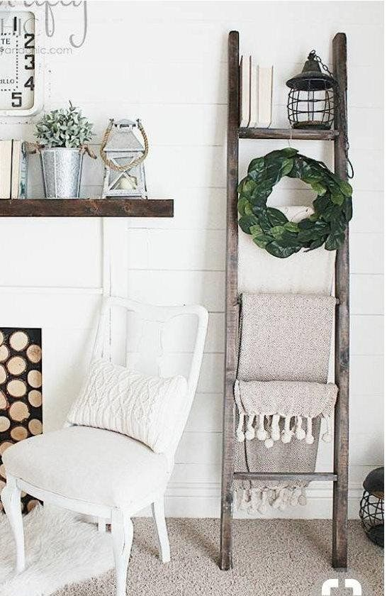 Lovely Farmhouse Style Ladders For Displaying Blankets And Etsy Blanket Ladder Decor Wood Ladder Decor Ladder Decor