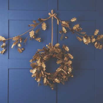 Hessian Holly Garland Or Wreath