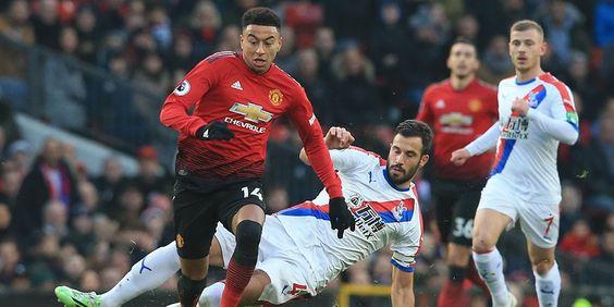 Permainan MU lagi-lagi dikritik. Taktik Jose Mourinho tampaknya sulit untuk meraih kemenangan. MU memang tampil ofensif, hanya penyelesaian akhir skuat MU selalu jadi masalah.