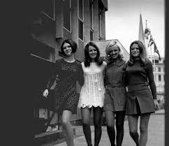 Afbeeldingsresultaat voor jaren zestig kleding