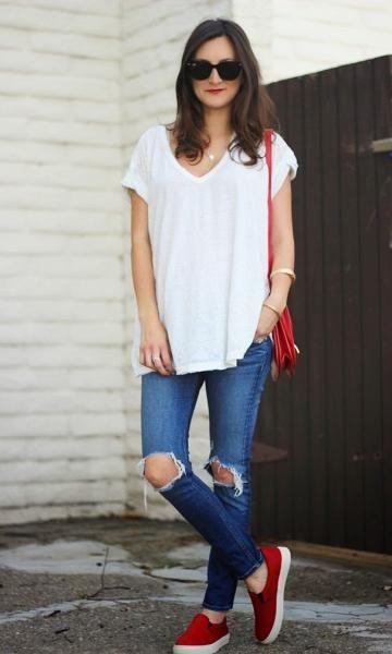Look Calça Jeans: Camiseta Básica: