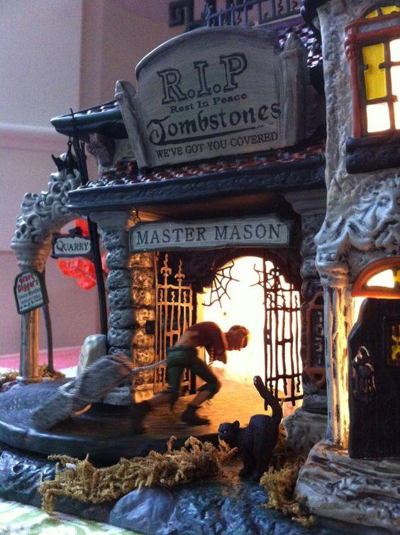 Dept 56 Halloween house. photo by www.volcanoteapot.com