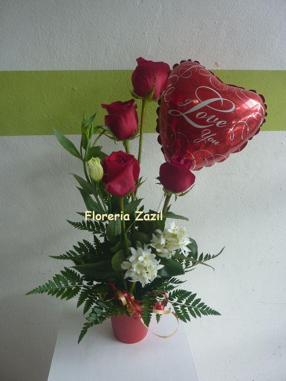 Detalles para enamorados www.floreriazazil.com Entrega de flores a domicilio en Cancún.