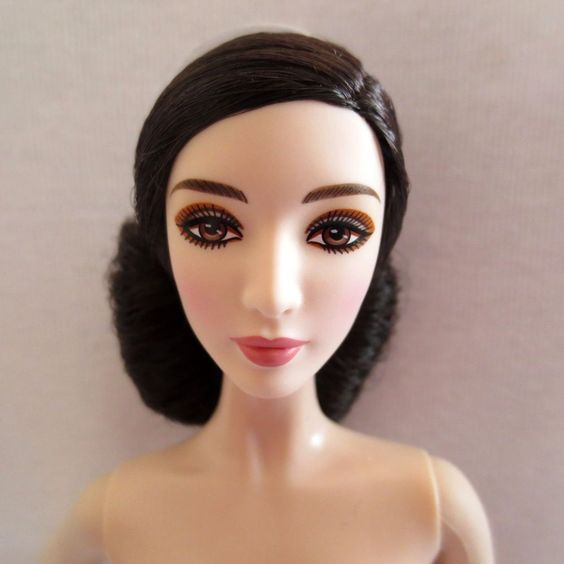 NEW! Barbie Exotic Fan Bingbing Model Muse Doll Ethnic Asian Chinese Nude
