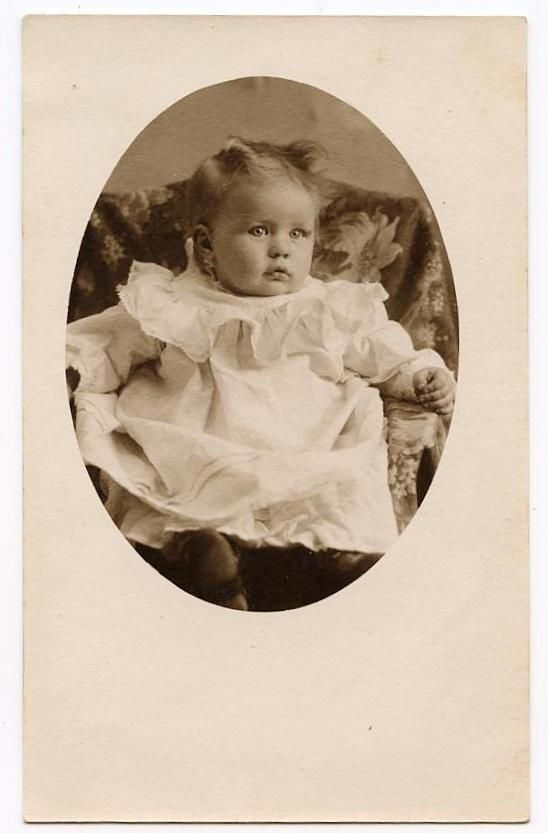 Vintage Victorian & Edwardian Photos For Sale 4: