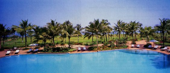 5 star Taj Exotica with luxury rooms and villas with loads of top-notch amenities.