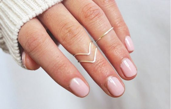 Awnnnn...so delicate. 16 Jewelry Layering Photos That Are Crazy Popular on Pinterest via @WhoWhatWear