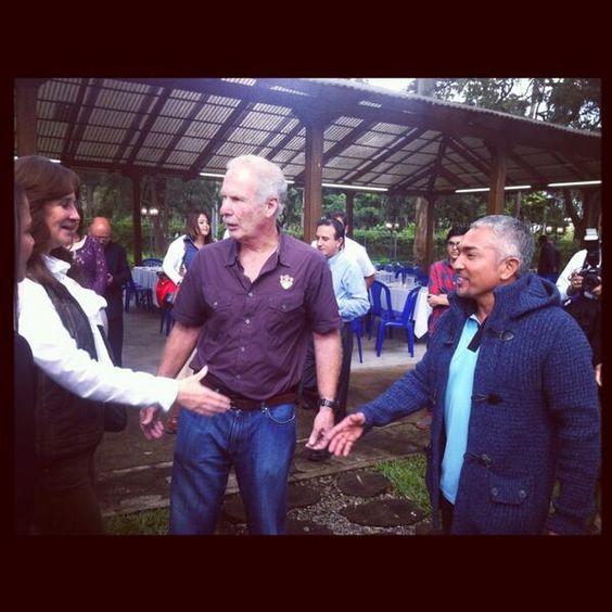 @Cesar Millan: Meeting with Mayor (former President of Guatemala) Álvaro Arzú and his wife! An honor. #LiderdelaManada #Guatemala