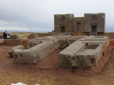 Tiwanaku 52