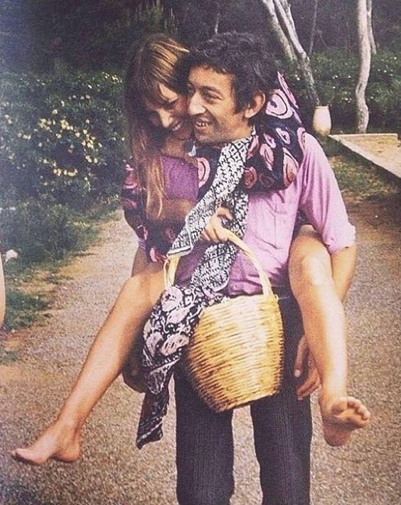 我看过最动人的 Jane Birkin 永远是和 Gainsbourg 在一起的样子
