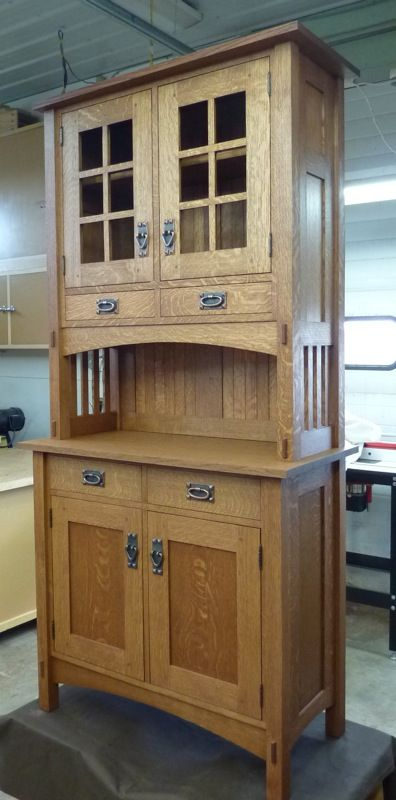 Small Mission Style Buffet and Hutch - Reader
