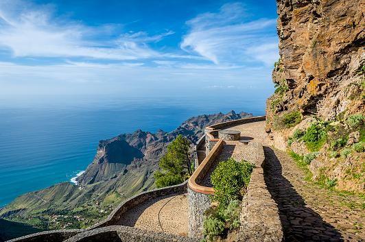 La Gomera: Warum die kleine Kanareninsel das perfekte Urlaubsparadies ist