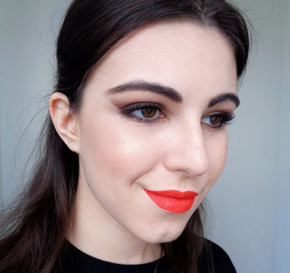 maquillage des yeux smoky marron et noir paillettes dor es blog makeup pinterest. Black Bedroom Furniture Sets. Home Design Ideas