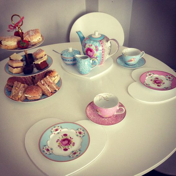 Afternoon tea with Pip Studio