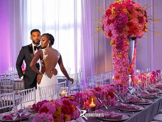Loving this pink and fuchsia floral design! Congrats to the #lovebirds…
