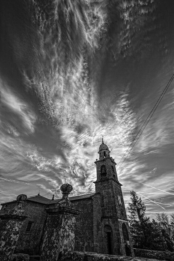 Iglesia de Bugallido