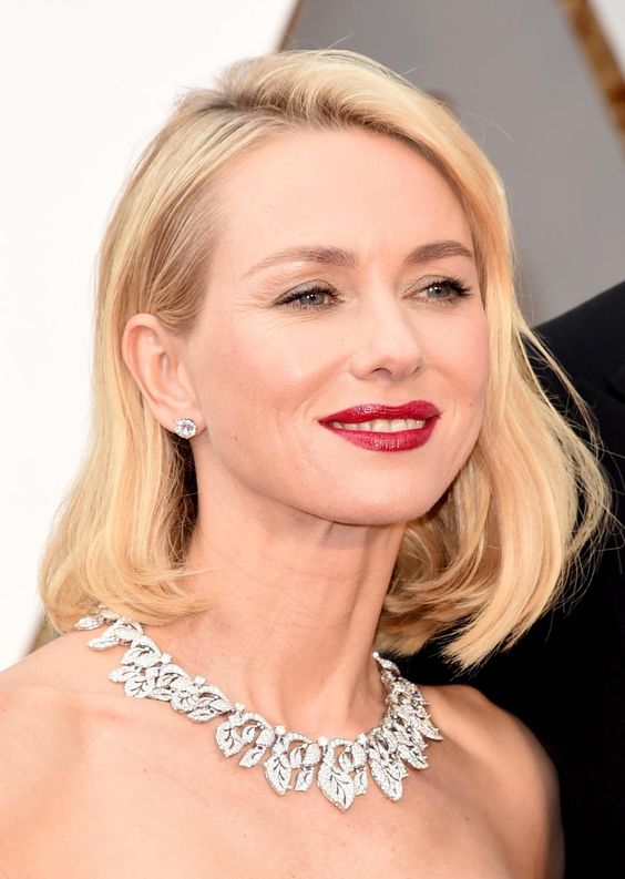 The winner was Charlize Theron who appeared near the end of the event wearing $3.7 million worth of Harry Winston Diamonds. The show stopper was the 48-carat Secret Cluster Diamond Necklace: