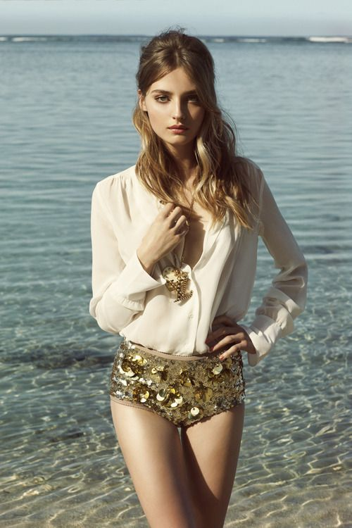 sparkly gold beach style, LV