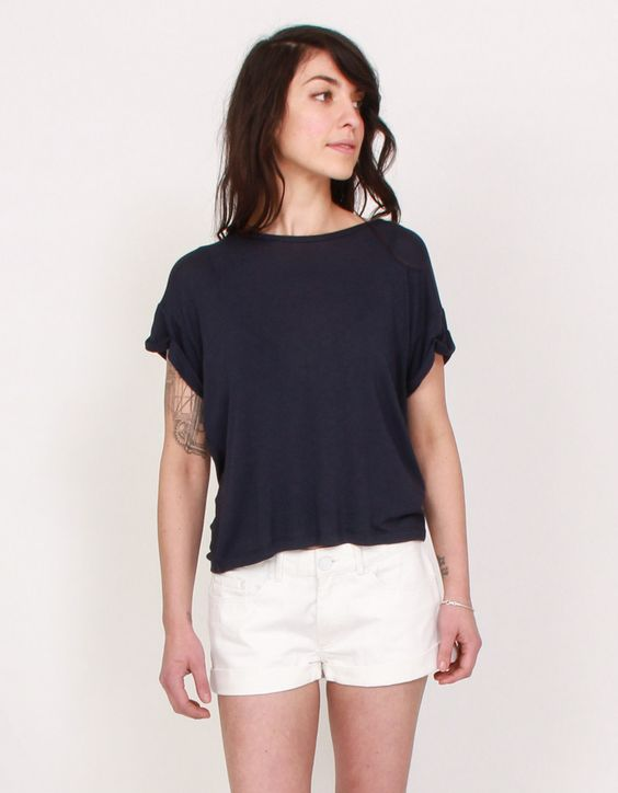 Odella Tee in Navy