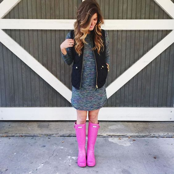 gree tee shirt dress puffer vest and pink hunter boots
