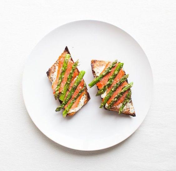Asparagus Tartine with Smoked Salmon and Cream Cheese