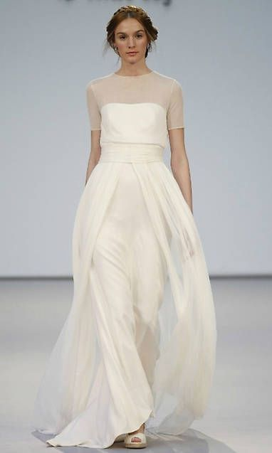 Simple wedding dress. Leave out the groom, for the moment let us focus on the bride-to-be who views the wedding ceremony as the best day of her lifetime. With that basic fact, then it is certain that the wedding outfit should be the best.