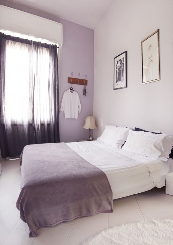 A Stylish Apartment In Milan — Heart Home  love the soft lavender walls.
