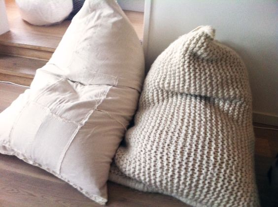 Knitted Beanbag Cushion Chair Nepal Fairtrade Interior Wool Conscious Friendly Zilalila