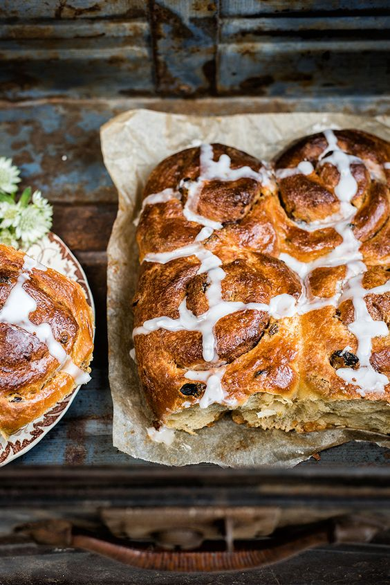 ... bun easter good friday spices in the uk cinnamon rolls babies the o