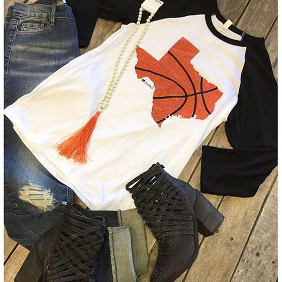 """ RESTOCK ALERT  #ShopDCS #Texas #Basketball #Top $29.99 S-L #Distressed #Denim $46.99 26-31 #FreePeople #Booties $198.00 6, 6.5, 7.5, 8.5-9.5 #Tassel #Necklace $19.99 We #ship! Call to order! 903.322.4316 #shopdcs #goshopdcs #shoplocal #texasbasketball #basketballmoms #love"" Photo taken by @daviscountrystore on Instagram, pinned via the InstaPin iOS App! http://www.instapinapp.com (11/10/2015)"