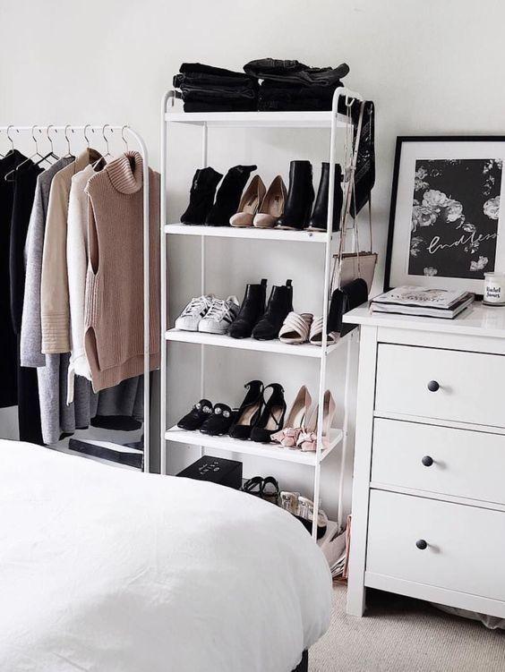 Pin By Kaeli On Bedrooms Stylish Bedroom Organization Bedroom Bedroom Storage