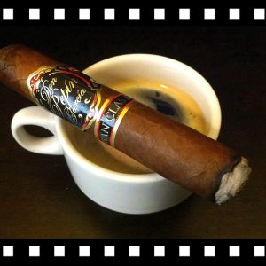 Cigar with Cuban espresso coffee)