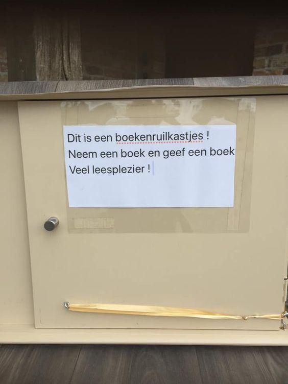 Boekenruilkastje - Sint-Baafs-Vijve