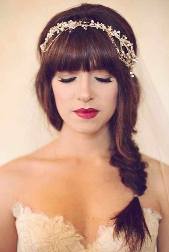 Bridal hairstyles with bangs - 48 spectacular ideas