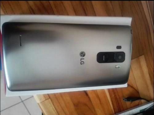 LG G4 Stylus para TIGO, totalmente NUEVO a estrenar, con sus accesorios sellados, posee una pantalla full HD de 5.7 pulgadas, procesador quadcore, cama posterior de 13 megapíxeles (si quiere...