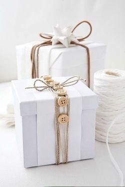 Simple gift wrap idea