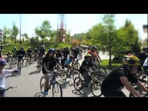 Queremos trasladar nuestra pasión por el deporte a todas las ciudades, promover un modelo de vida saludable y unir a toda una ciudad con un único fin: fomentar el uso de la bicicleta.