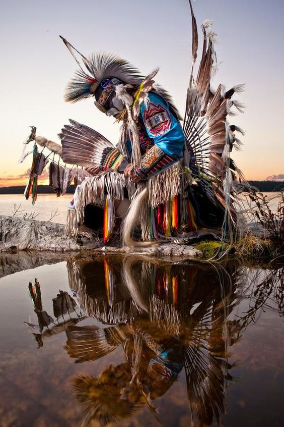 White Wolf : 10 outstanding photos of Dave Brosha outline the pride of Native Americans: