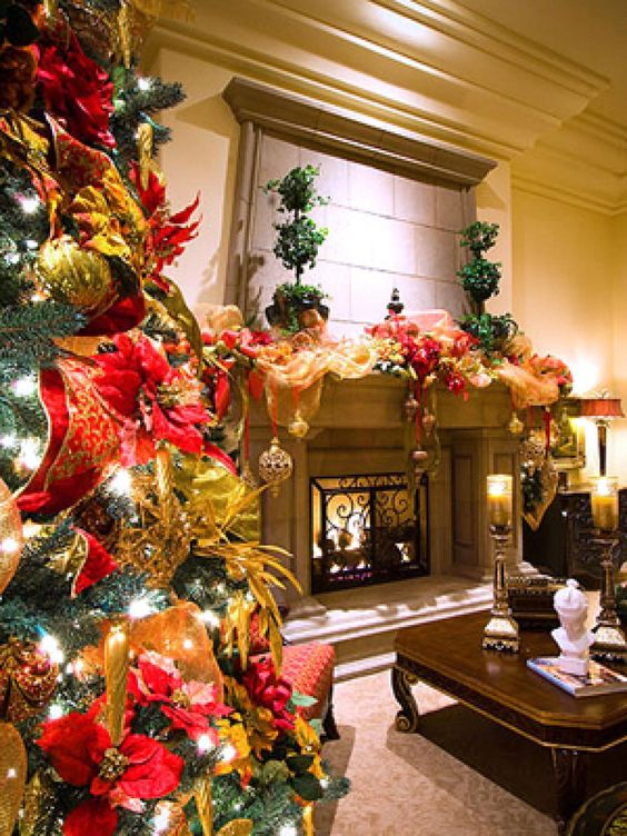 interior design tree - legant flowers, Gold ribbons and hristmas trees on Pinterest
