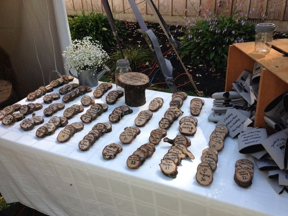 Wood Chip Centerpiece : Seating chart wood chips an easy inexpensive and