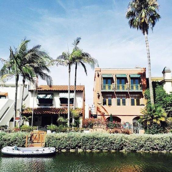Venice Canals Los Angeles California USA #USA #LA #LAX #LosAngeles #Venice #California #californialove