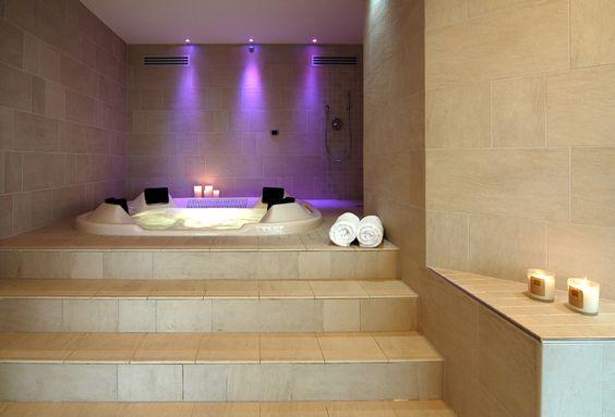 bagni moderni con vasca idromassaggio - Cerca con Google  Bagno style ...