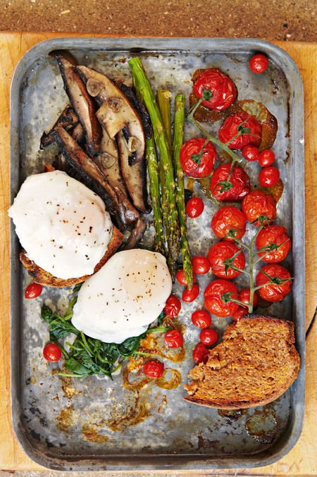 Swap a greasy and fatty fry-up for this healthy vegetarian breakfast from the Honestly Healthy cookbook. handbag.com