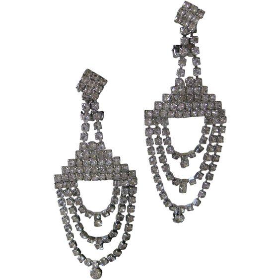 Vintage Dangling Rhinestones Earrings