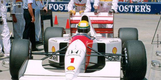 Ayrton SENNA - McLaren MP4/7A Honda RA122E - Honda Marlboro McLaren - LVII Australian Grand Prix - 1992 FIA Formula 1 World Championship, round 16