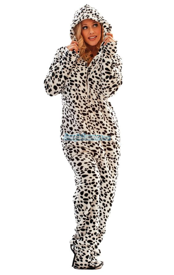 SO LOVE THIS! SO FUZZY! Fuzzy Chenille footed pajamas are our ...