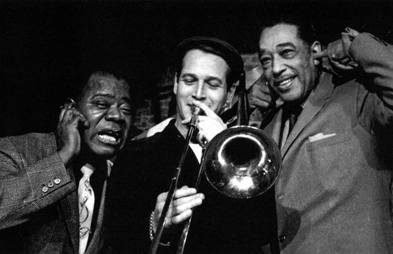 Louis Armstrong and Duke Ellington react to Paul Newman´s trombone playing on the set of Paris Blues (c.1961)