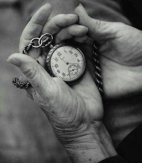 El tiempo corre , en nuestras manos está aprovecharlo